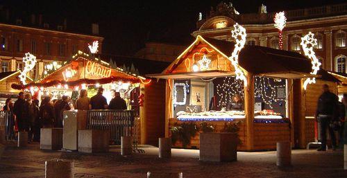 1200px-Toulouse_Christmas_market_DSC02662