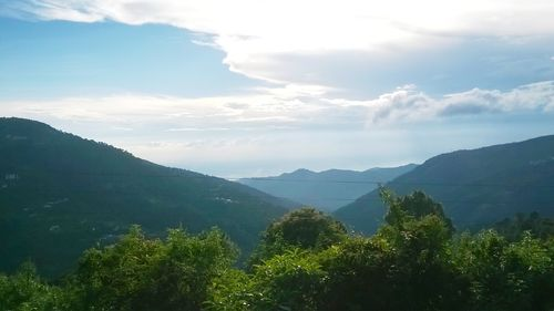 Kasauli(www.kalkahotelmanglam.com)