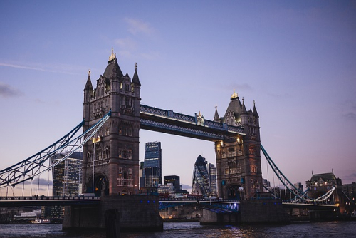 Tower-bridge-1209483_640